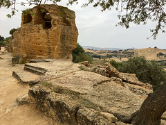 IMG_0450.jpg (Darren and Brad) Tags: sicilia italian valledeitempli sicily italy italia valleyofthetemples agrigento ancientgreek archeology it