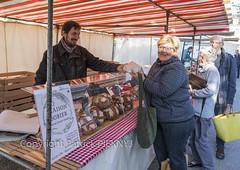 _MG_1233-1 (patrickpieknyj) Tags: boulangerie marché personnes rémybobier samedi