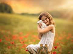 Poppy Love (agirygula) Tags: poppy poppyfield summer mai girl sundown goldenhour portrait childportrait memories smile smiling fineart