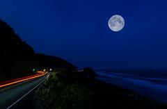 BCRCO662018-37 (Ranbo (Randy Baumhover)) Tags: oregon oregoncoast pacificocean hwy101 sunrise moon