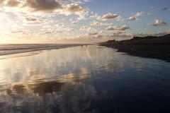 7 june 2018 - photo a day (slava eremin) Tags: 365 1day photoaday dailyphoto auckland nz newzealand muriwaibeach beach ocean reflections clouds