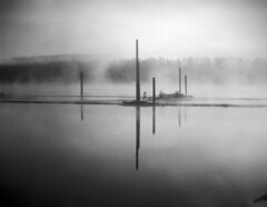 - At the docks Viii - (Tom Findahl) Tags: zeiss 515 docks soft