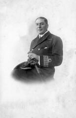 img037 (foundin_a_attic) Tags: geraldeliott geraldothorousskieliott navy naval officer uniform