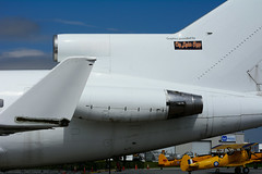 ex N251FL (Mohawk Coll. - KF) (Steelhead 2010) Tags: mohawkcollege kfaerospace boeing b727 b727200f yhm nreg creg n251fl cgykf
