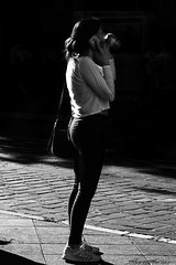 Silhouette - SEVILLE 18' (The ShortShifter) Tags: sevilla seville sevillahoy sevillagram sevillecity visitseville silueta silhouette bnw bn bw byn blancoynegro blackandwhite dark lowkey clavebaja robado candid candidphotography candidshoot candidphoto photoshooting people street streetphotography streetart streetculture streetphoto streetshoot streetpics