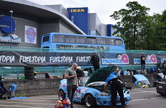 Men and Motor Buses (Coventry) (paulburr73) Tags: coventry carpark moatstreet nxc nationalexpress formulag fueltopia 2018 sportscar skydome vehicle car