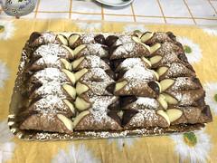 Cannoli (L e n o r a) Tags: italia sicilia italy sicily meals sicilianfood italianfood bafia rosetta rosario dessert dolce cannoli