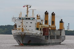 Annemieke (das boot 160) Tags: annemieke heaveylift ships sea ship river rivermersey port docks docking dock eastham boats boat mersey merseyshipping maritime manchestershipcanal