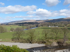 Kirkby Lonsdale - River Lune from Ruskin's View 180405 6 (maljoe) Tags: kirkbylonsdale cumbria rnblune