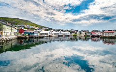 Honningsvåg Shoreline (gwpics) Tags: arctic houses landscape finnmark water house industry colourful fish seafishing town sea norway building summer ship fishing housing norwegian craft townscape docks architecture boat northcape honningsvaag marine harbour colorful harbor