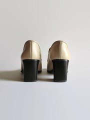 Beige Leather Loafers - Italian 90s Vintage Womens Shoes (brandacrafts) Tags: branda vintageshoes 90sshoes loafers italian beige women