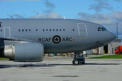 RCAF 15002 (RCAF - ARC) (Steelhead 2010) Tags: royalcanadianairforce rcaf arc airbus a310 a310300 cc150 polaris yhm 15002 creg