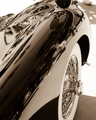 Reflections (soomness) Tags: sandiego fujifilmxt2 fujifilm fujinon fuji xt2 xseries xf35mmf14r lajolla vintage classic car show autoshow classiccar travel travelphotography california usa reflection reflections