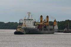 Annemieke & Svitzer Bidston (das boot 160) Tags: annemieke heaveylift ships sea ship river rivermersey port docks docking dock eastham boats boat mersey merseyshipping maritime manchestershipcanal
