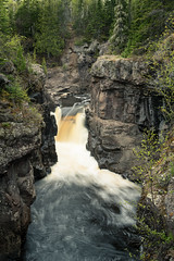 As you hike upstream 20180524-DSC07283 (Rocks and Waters) Tags: 1805xxnorthshore a7rii lakesuperior minnesota northshore river stateparks temperanceriver zeiss a7r2 landscape loxia nature park rocks rocksandwaters sony spring warefalls woodswater