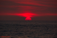 3KB04333a_C (Kernowfile) Tags: cornwall stives porthmeorbeach sunset red sea sky water cloud mist pentax pentaxforums