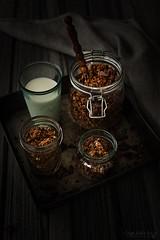 Homemade chocolate granola (Malgosia Osmykolorteczy.pl) Tags: food foodie foodphoto foodstyling fotografia foodphotography foodporn foodstylist feed chocolate granola breakfast