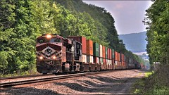 25V (Images by A.J.) Tags: train railroad railway rail transportation pennsylvania pittsburgh line laurel highlands greensburg westmoreland heritage ge gev es44ac lehigh valley stack container intermodal freight norfolk southern