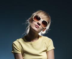 Julia (Bonngasse20) Tags: model fashion wwwphotoioncouk ionpaciu london girl pretty beautiful studio fashionmodel pose workshop coat sunglasses blondehair nikon nikond7200 d7200 lens sigmalens studiolighting beautydish softbox props pensive