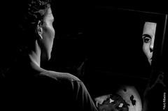 Foto-Arô Ribeiro-9287-2 (Arô Ribeiro) Tags: pho blackwhitephotos photography laphotographie bw bnw pb pretoebranco arte fineart teatro barragemdesantaluzia sãopaulo rudifranpompeu blackandwhiteportrait candidportrait portrait theatre natalycavalcantti nikond40x nikond7000 thebestofnikon nikon arôribeirofotógrafo