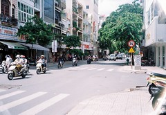 Saigon, 2018 (khue.ng) Tags: 35mm pointandshoot film filmisnotdead filmphoto olympussuperzoom800s pns pointshoot olympussuperzoom olympus 200 colorplus kodak kodakcolorplus200