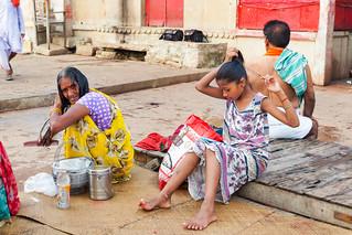 Après le bain. Varanasi ..  India