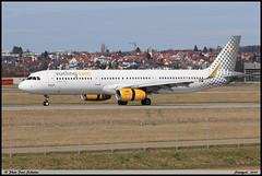 AIRBUS A321 231 Vueling EC-MMU 7218 Stuttgart avril 2018 (paulschaller67) Tags: airbus a321 231 vueling ecmmu 7218 stuttgart avril 2018