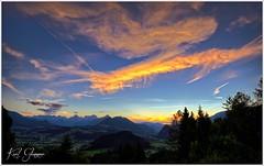 Sonnenuntergant Totes Gebirge II (Karl Glinsner) Tags: landschaft landscape austria österreich berge gebirge mountains sonnenuntergang sunset wolekn clouds abend evening outdoors alpen alps phyrn windischgarsten himmel sky