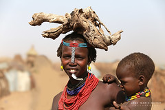 Karo - Omo Valley Ethiopie (jmboyer) Tags: eth0690 daasanach ©jmboyer afriquedelest eastafrica géo travelafrica visiteafrica blackpeople southomo tourisme afrika ritual celebration culture