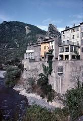 Entrevaux (Alpes de Haute-Provence) (Cletus Awreetus) Tags: france entrevaux alpesdehauteprovence fortification rempart architecture eau fleuve varfleuve échauguette citadelle maison