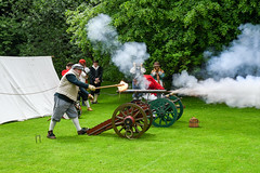 Battle Reenactment (Steve, W) Tags: cannon battle old dress dunster castle fife blast gun powder bang nikon d7500 devon minehead soldiers