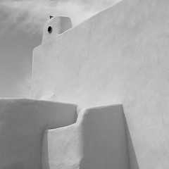 a bird in salina... (caeciliametella) Tags: lorrainekerr photography 2018 white whites infrared salina malfa isole eolie aeolian islands abstract astratto 11 square casa arabica pigeon viabelvedere caeciliametella