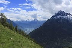 Les Planeys, Mex (bulbocode909) Tags: valais suisse mex lesplaneys montagnes nature paysages catogne salentin printemps nuages ciel prairies arbres forêts neige vert bleu plainedurhône groupenuagesetciel