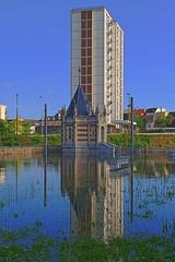Crue providentielle V (Tonton Gilles) Tags: alençon normandie reflets hdr crue parc de la providence paysage urbain eau rivière sarthe inondation