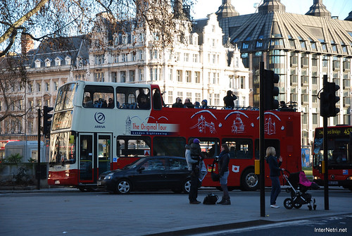 Двоповерховий автобус Лондон InterNetri United Kingdom 0284