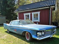 1961 Chrysler Imperial (crusaderstgeorge) Tags: crusaderstgeorge classiccars cars 1961chryslerimperial 1961 chrysler imperial bluecars goldenlion413 413 goldenlion americancars americanclassiccars americancarsinsweden örnsköldsvik sweden sverige caroftheyear61 caroftheyear 61 badtorheboone