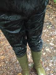 Rainy day walking (WelliesWalker) Tags: rainwear bottes wellies kway mud wet