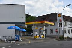 Shell, Boncourt Switzerland. (EYBusman) Tags: shell petrol gas gasoline filling service station boncourt switzerland french border eybusman