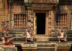 Guardians of the Temple (Waldemar*) Tags: asia southeastasia cambodia indochina angkor siemreap khmer temple hindu hindduism religion faith worship philosophy building