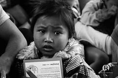Sur le Mekong (fymbremont) Tags: mekong lao portrait girl asia