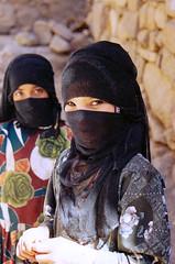 Yemeni girls (moniwe1) Tags: yemen jemen children hijab kids