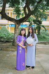 IMG_2884 (2L photography) Tags: 2l 2lfilms 2lfilm canon6d canon cinematicphoto kyyeu kỷyếu trường travinh travel streetlife shool hocsinh vietnam vietnamtravel vietnamgirls vietnamshool việt vintage vsco áobaba aobaba asiangirl asian aodai