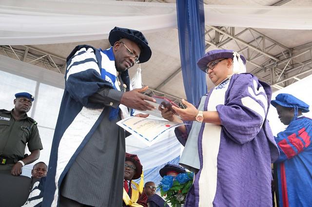 HSDickson- Recieves Honourary award from Cross Rivers University of Technology