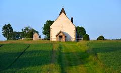 St Hubert's Church (RapidSpin) Tags: idsworthchurch building chapel hill d500 sthuberts church field trees cross parishioners ancient