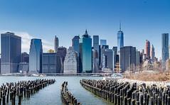 New York Parque Brooklyn Promenade IMG_3553 (lagord5 /) Tags: silueta rio edificio azul brooklyn new york bridge puente arquitectura mar agua parque promenade park ciudad city urban