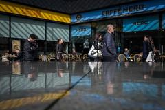 (Kathleen Van Hamme) Tags: londen london april2018 straatfotografie streetphotography streetsoflondon streetphoto reflection reflectie