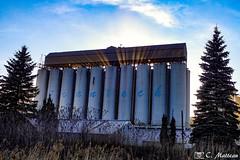 180515-131 À travers les silos (clamato39) Tags: usine industrial industrie factory contrecoeur provincedequébec québec canada pollution environnement sun soleil ciel sky