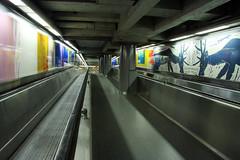 Pedestrain tunnel at 'De Brouckere' (davidvankeulen) Tags: europe europa belgië belgium belgique belgien brussel bruxelles brüssel régiondebruxellescapitale brusselshoofdstedelijkgewest brusselscapitalregion metropoolbrussel stad city stadt ville davidvankeulen davidvankeulennl davidcvankeulen urbandc debrouckere pedestraintunnel tunnel