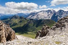125_Flickr Landschaft.jpg (stefan.mohme) Tags: gebirge italien2017 organisch suedtirol himmel berge licht bayern alpen felsbrocken jahreszeiten hochgebirge steindiverse felsen iitalien dolomiten wolken sommer stein quickbornheide schleswigholstein deutschland
