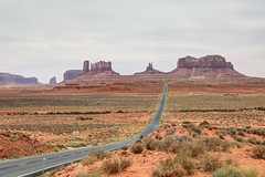 Monument Valley (Terence . Chang) Tags: landscape roadtrip travel vacation monumentvalley